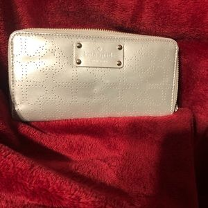 NWOT Authentic Kate Spade wallet